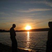 Рыбалка на закате :: Татьяна Пальчикова