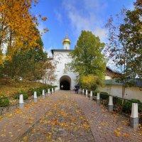 В Псково-Печерском монастыре :: Константин