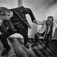 Вверх по лестнице, ведущей вниз... :: Беспечный Ездок