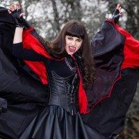 Вампирша Виолетта :: Дина Горбачева
