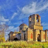 Церковь в Филисове :: Валерий Талашов