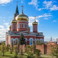 Храм в Барнауле :: Сергей Перегудов