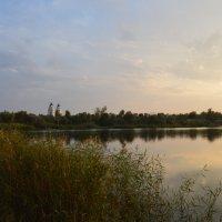 Вечерняя прохлада на реке :: Виктор ЖИГУЛИН.