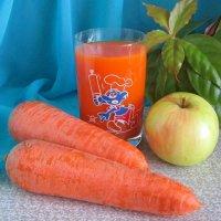 Яблочно-морковный сок :: Татьяна Смоляниченко