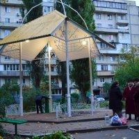 Разговор возле бювета :: Ростислав