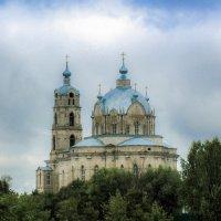 Троицкая церковь :: Владимир Безбородов