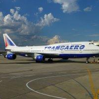 Трансаэро - единственный был эксплуатант Б 747 в Восточной Европе и СНГ.Сейчас есть в а/к Россия. :: Alexey YakovLev