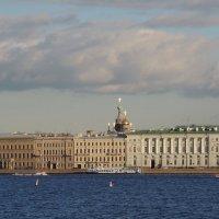 Дворцовая набережная :: Евгения Чередниченко