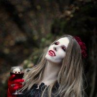 Вампирские страсти :: Анастасия Kashmirka