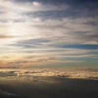Выше облаков.... :: Марина Харченкова