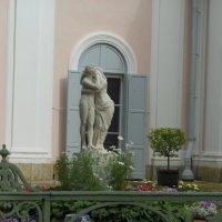 Скульптура в Ораниенбауме :: Татьяна