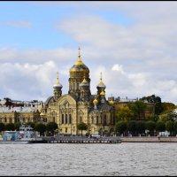На берегах Невы :: Viktor Pjankov