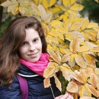 Осенний портрет :: Alexander Varykhanov