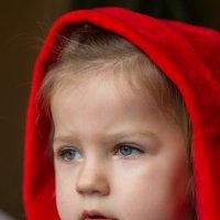 Красная шапочка :: Дина Горбачева