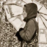 Прохожая под зонтом :: Екатерина Торганская