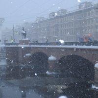 Аничков мост :: Елена