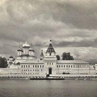 Ипатьевский монастырь. г. Кострома :: Оксана Н.