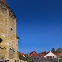 Тропинка у церкви, которой 850лет... :: M Marikfoto