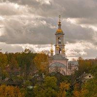 Осень в Кимрах :: Владимир Демчишин