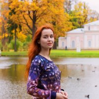 Catherine in the autumn Oranienbaum :: Oleg Kazakov