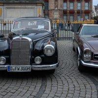 Маленькая выставка старых машин в Дюссельдорфе :: Witalij Loewin