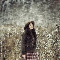 Портрет Девушки В Заснеженном Лесу :: Алексадр Мякшин