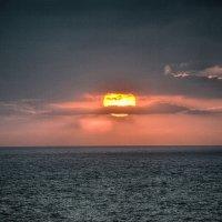 Заход на Средиземном Море :: Яков Геллер