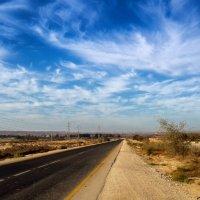 пустынная дорога :: Maksim Dubinsky