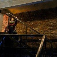 Обломки старой глупой сказки лежат низвергнуты в пыли :: Ирина Данилова