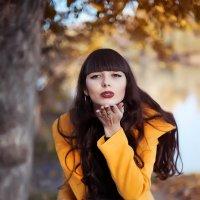 Девушка осень :: Ирина Боярко