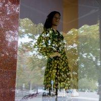 """витрины и отражения (Из цикла """"Один день в Чечне"""") :: Алиса Колпакова"""