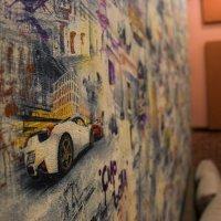 машина на стене :: Эмиль Абд