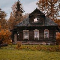 Забытая осень  :: Александр Ребров