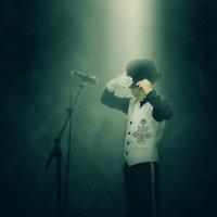 MJ :: Виталий Устинов