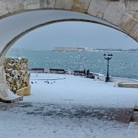 Снег в Севастополе.... :: Виктория Калицева