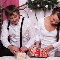 Открывание подарков :: Valentina Zaytseva