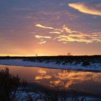 Рассвет на реке Теше :: Andrey Stolyarenko