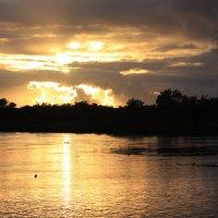 Закат. Река Большая. Камчатка. :: Михаил
