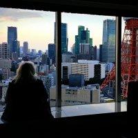Каждый вечер я смотрю в окно на любимый город :: Tatiana Belyatskaya
