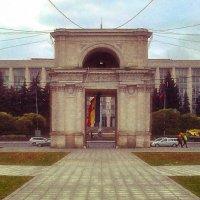 Arc de Triomphe Chisinau :: Veaceslav Godorozea