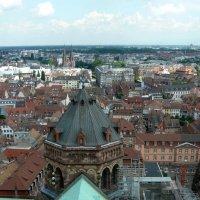 Панорама города :: Надежда