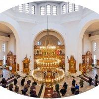 В соборе Иконы Божией Матери Всех скорбящих радость в Десногорске :: Анатолий Тимофеев
