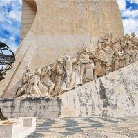 Памятник первооткрывателям в Лиссабоне :: Ирина Лепнёва
