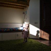 Какая она, моя тень? :: Владимир Безбородов