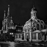 Москва. Вечером на Никольской :: Андрей Левин