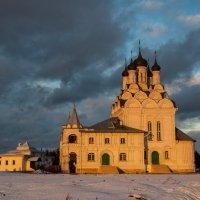 Ноябрьский закат в Тайнинском :: Alexander Petrukhin