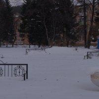 немного снега в городе... :: Alexandr Staroverov