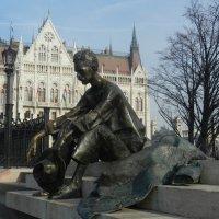 Памятник Аттиле Йожефу, Будапешт :: Mix Mix