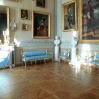 Уголок гостиной с голубой мебелью. :: Мила