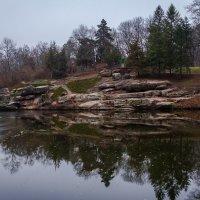 Озеро в парке :: Artem Zelenyuk